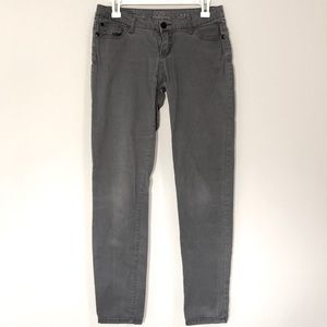 Soft gray jeans with a bit of stretch